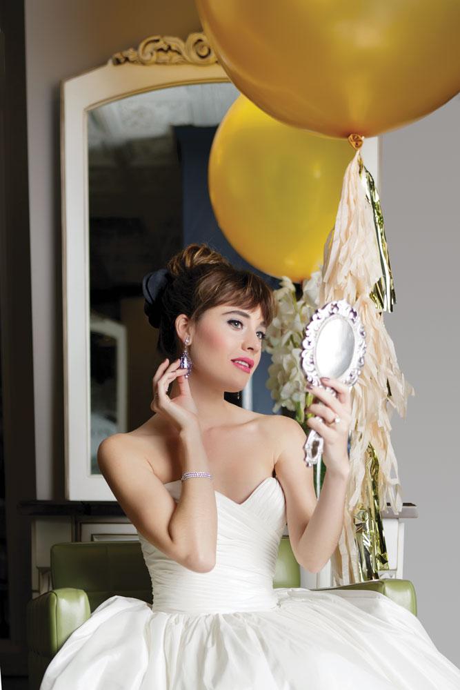 ChicagoStyle Weddings New Classics fashion shoot