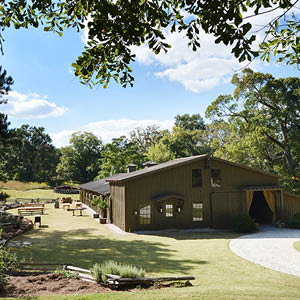 Barn / Plantation