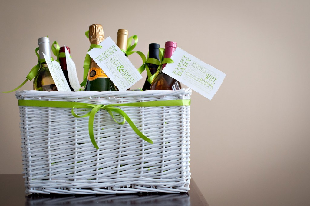 Bridal Shower Wine Gift Basket Ideas : use this gift idea for your next bridal shower gift