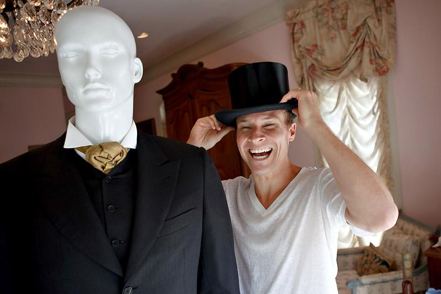 Brian Littrell - Hat & Suit