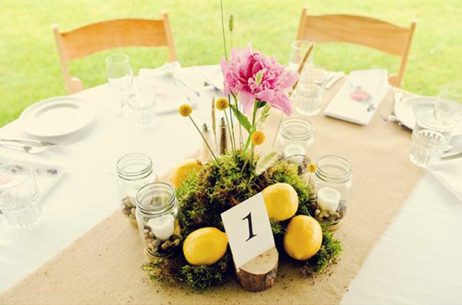 centerpieces-lemon-flower-display