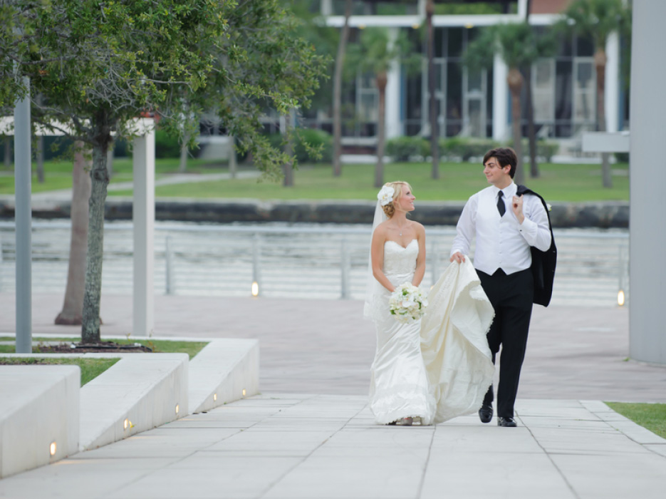 Tampa Wedding at Tampa Museum of Art by Carrie Wildes Photography ...