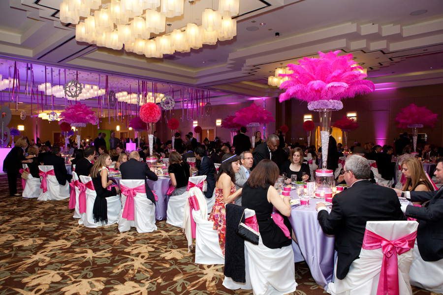 Fuchsia_and_Lavender_Bat_Mitzvah_occasionsonline_046