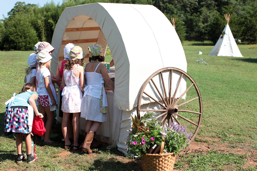 Little_House_on_the_Prairie_Themed_Birthday_Party_ZoomWorksPhotography_occasionsonline_020