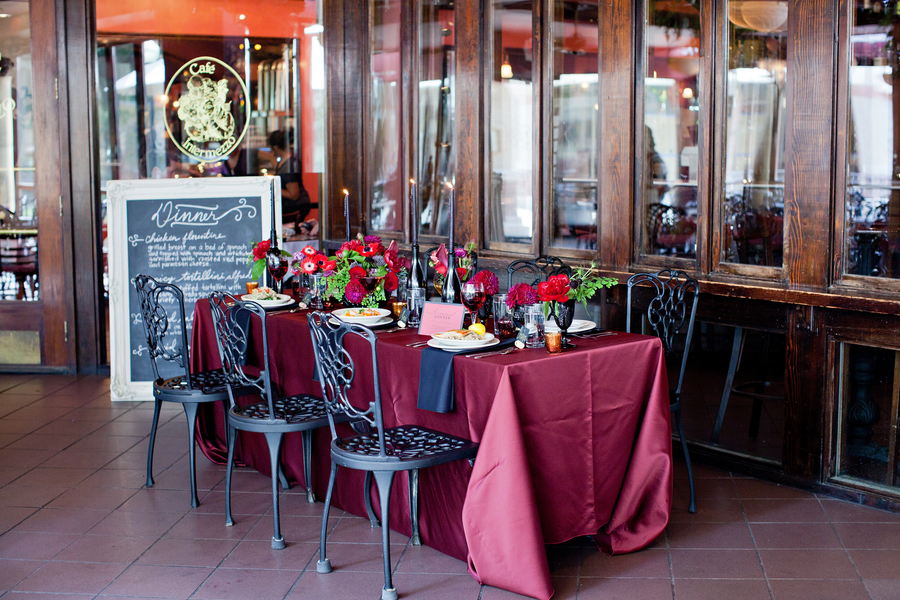 Red_Romantic_Rehearsal_Dinner_Inspiration_KellyLanePhotography_occasionsonline_0007