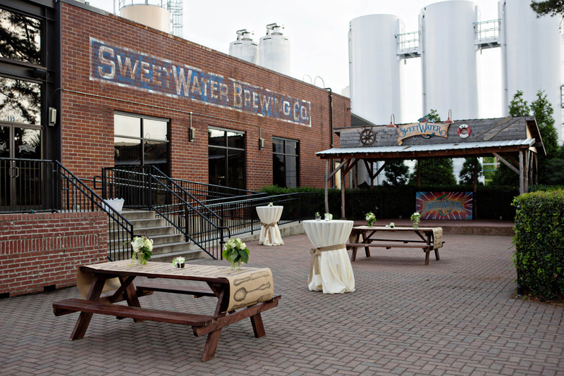 Atlanta Wedding Reception At Sweetwater Brewery By Alecia Lauren Photography