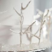 Glamorous_Navy_Silver_and_White_Winter_Wedding_Inspiration_CarmenSalazarPhotography_occasionsonline_019