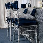 Glamorous_Navy_Silver_and_White_Winter_Wedding_Inspiration_CarmenSalazarPhotography_occasionsonline_028