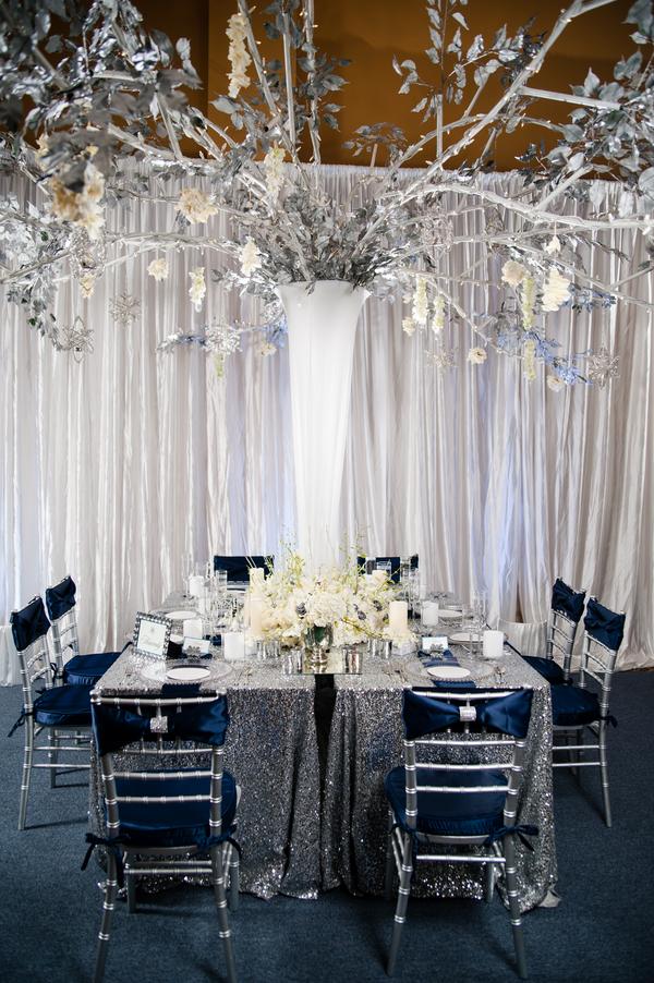 Glamorous Navy Silver And White Winter Wedding Inspiration
