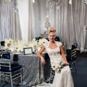 Glamorous_Navy_Silver_and_White_Winter_Wedding_Inspiration_CarmenSalazarPhotography_occasionsonline_073