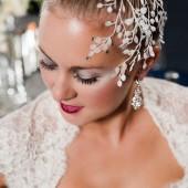 Glamorous_Navy_Silver_and_White_Winter_Wedding_Inspiration_CarmenSalazarPhotography_occasionsonline_077