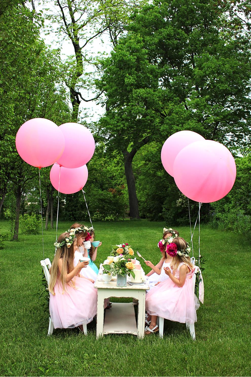 A Darling Outdoor Tea Party