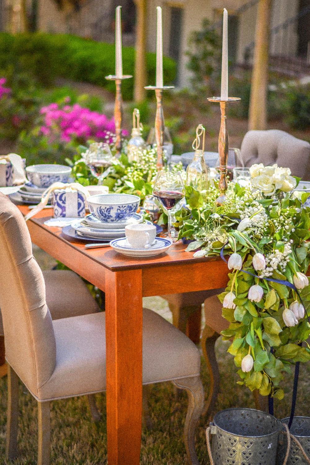 Blue Table Setting Inspiration For A Dinner Party Of Six