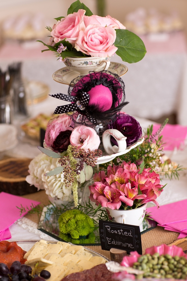 pretty pink and white bridal shower