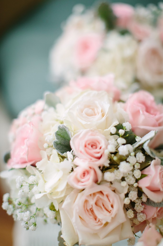 Dainty and classic bouquet