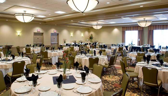 Hilton Garden Inn Atlanta Perimeter Center Wedding Venue