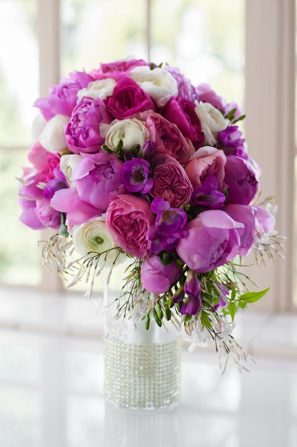 Vibrant floral arrangements | The Celebration Society