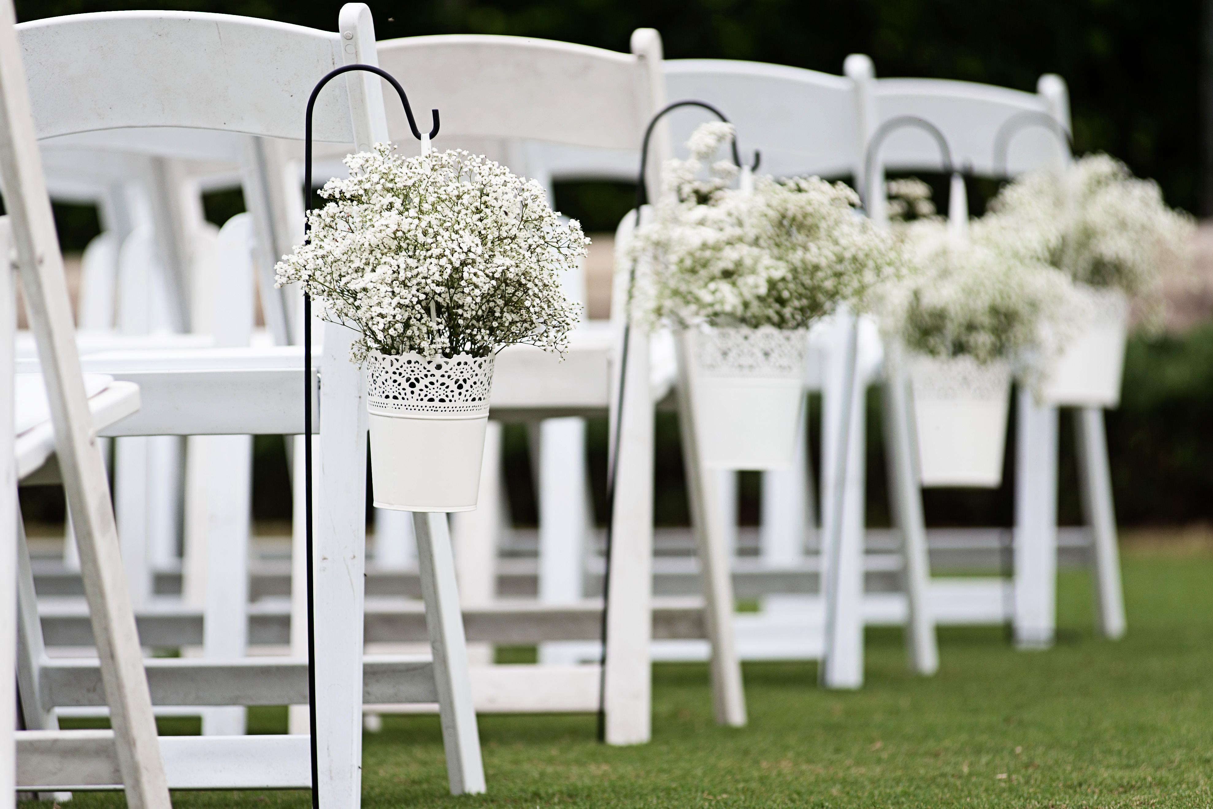 Pristine aisle flowers