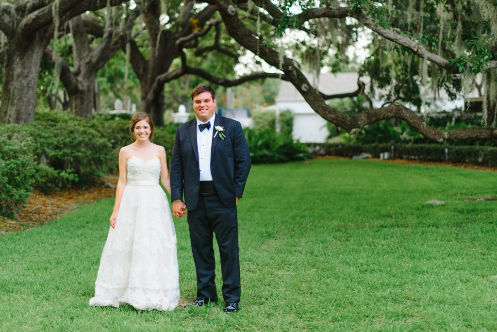 Spanish moss and gorgeous couple