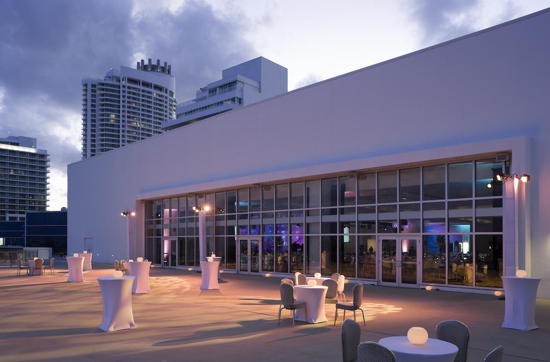 Fontainebleau Miami Beach Wedding Venues In Miami Beach