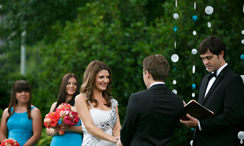 Seaside-Inspired Lawn Wedding at Piedmont Park