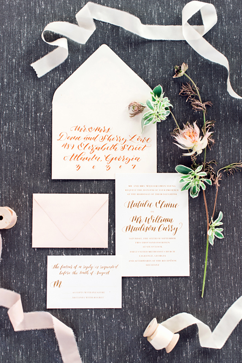 Occasions|GoldenSentiment_RusticWhite001