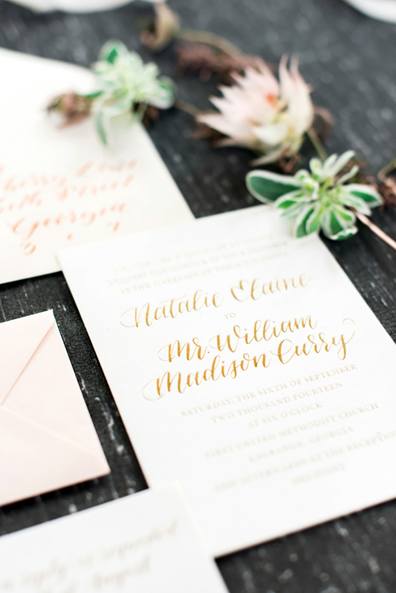 Occasions|GoldenSentiment_RusticWhite002