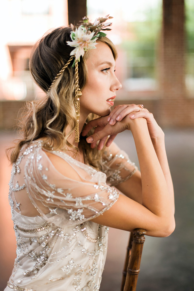 Occasions|GoldenSentiment_RusticWhite022