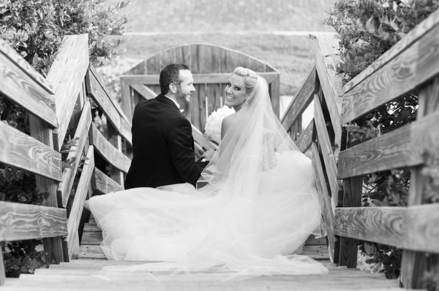 Thompson_Bartosiak_Caroline__Evan_Photography_JillianKyleWedding0839_low