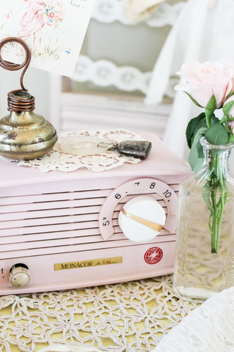 Southern Vintage Baby Shower-gift table details
