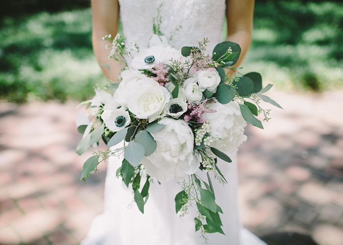 white-poppy-wedding-bouquet