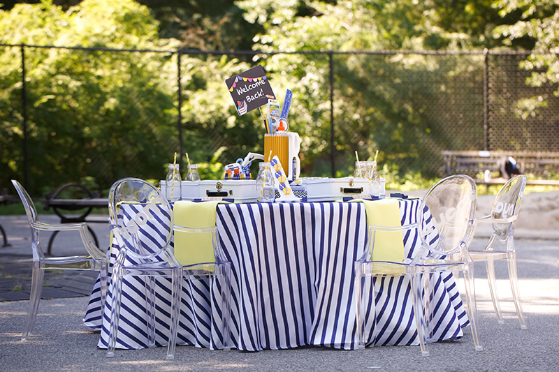 Navy Striped Table Linen with Yellow Napkins