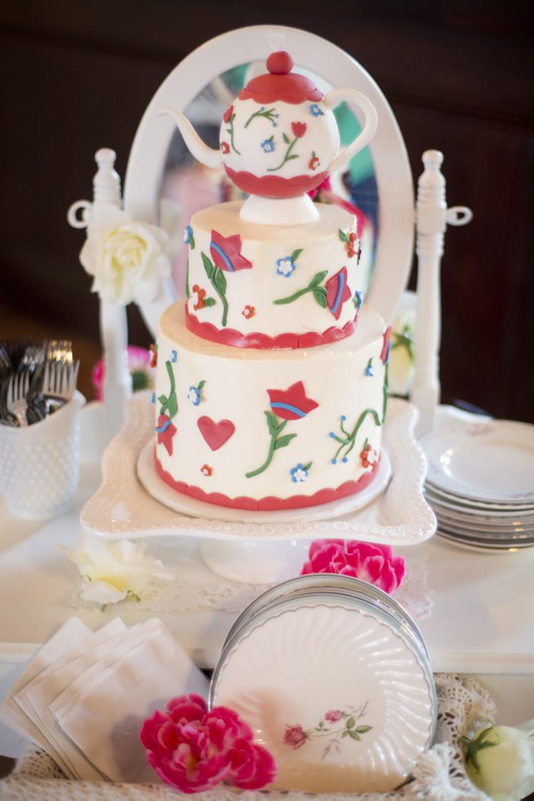 Vintage Tea Pot Inspired Cake