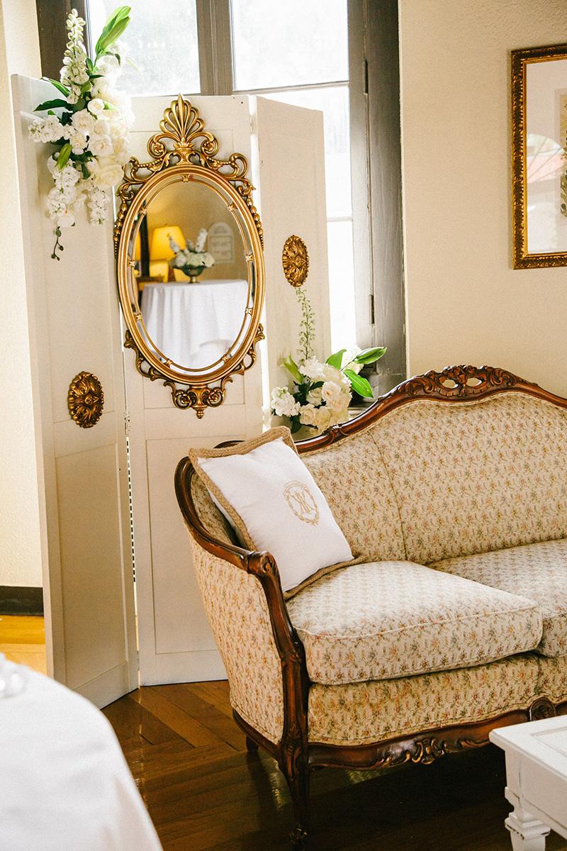Gold Vintage Lounge Area at Wedding Reception