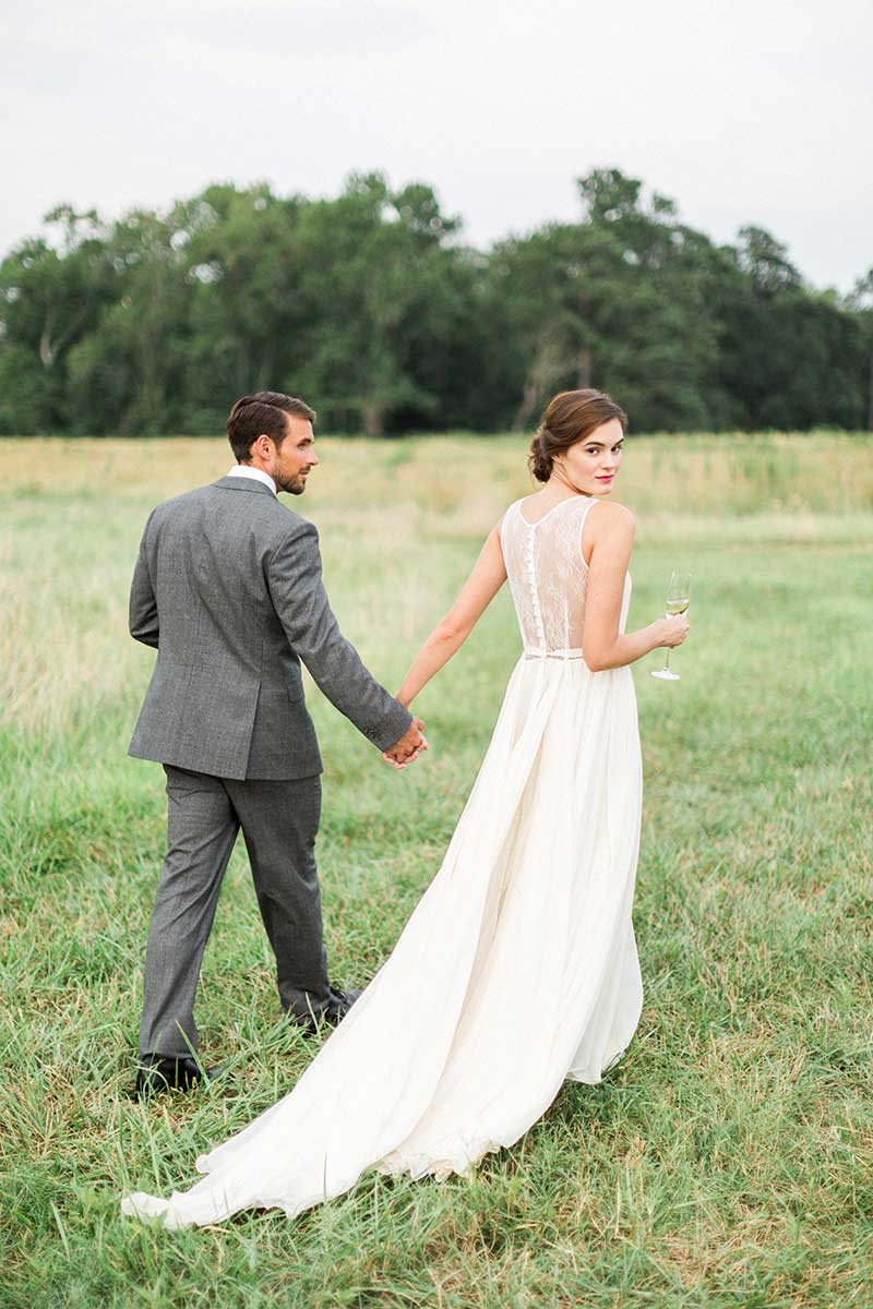Rustic-Barn-Inspired-Outdoor-Bride-and-Groom