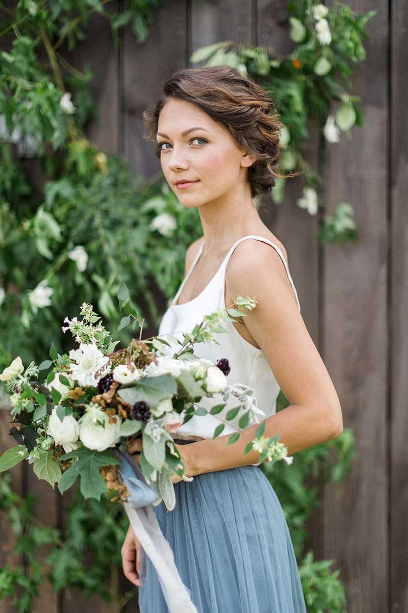 Rustic-Light-Blue-Bridesmaid-and-Bouquet-Outdoor