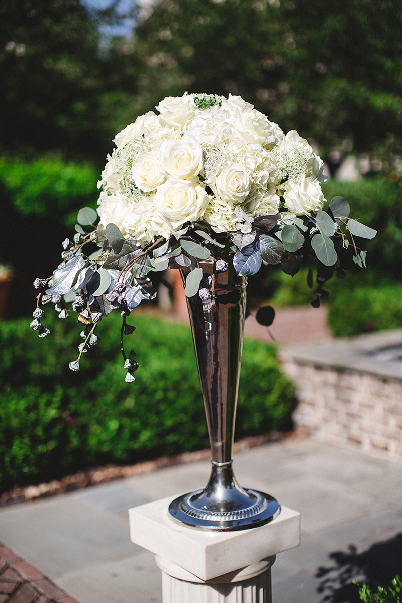 White Rose Flower Decor