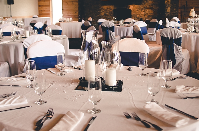 white-navy-reception-table-pieces
