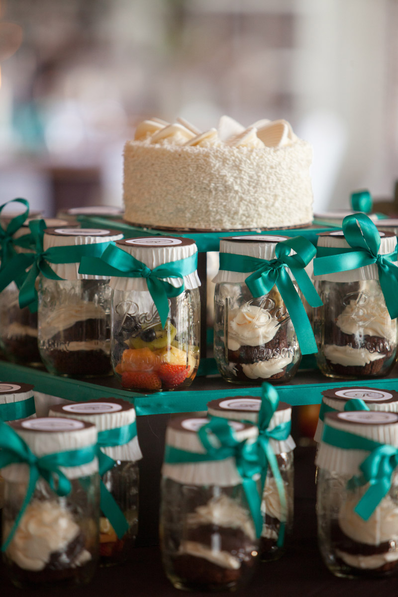 Mason jar wedding cake