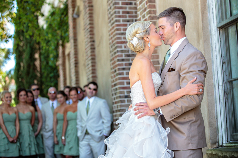 Rustic Southern First Look Bride and Groom with Bridal Party