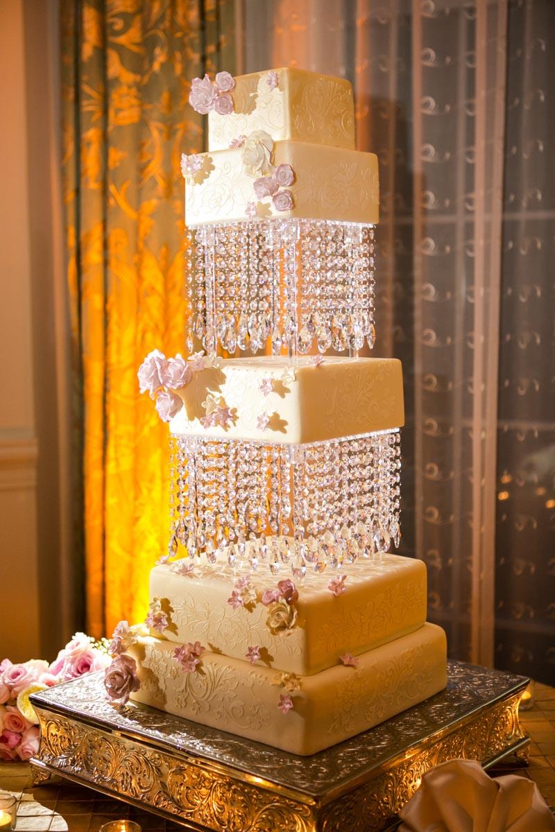 Block wedding cake