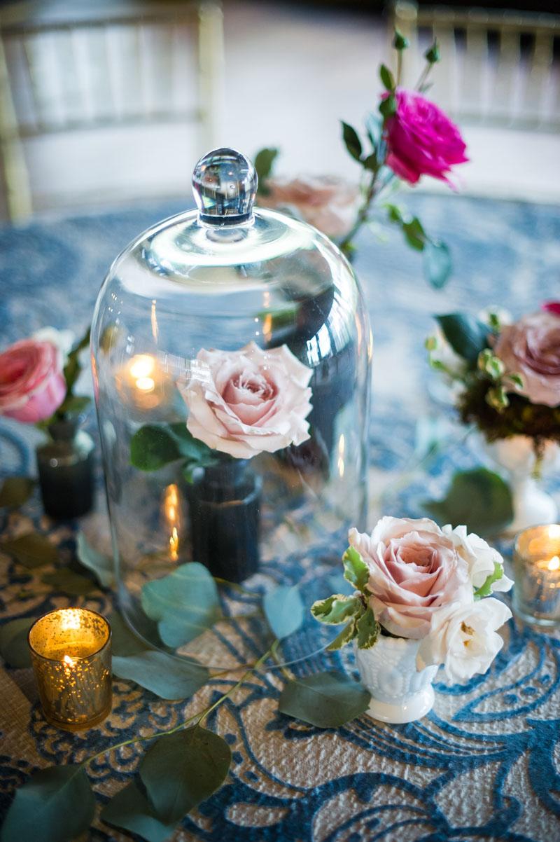 Blush and fushia roses as centerpiece