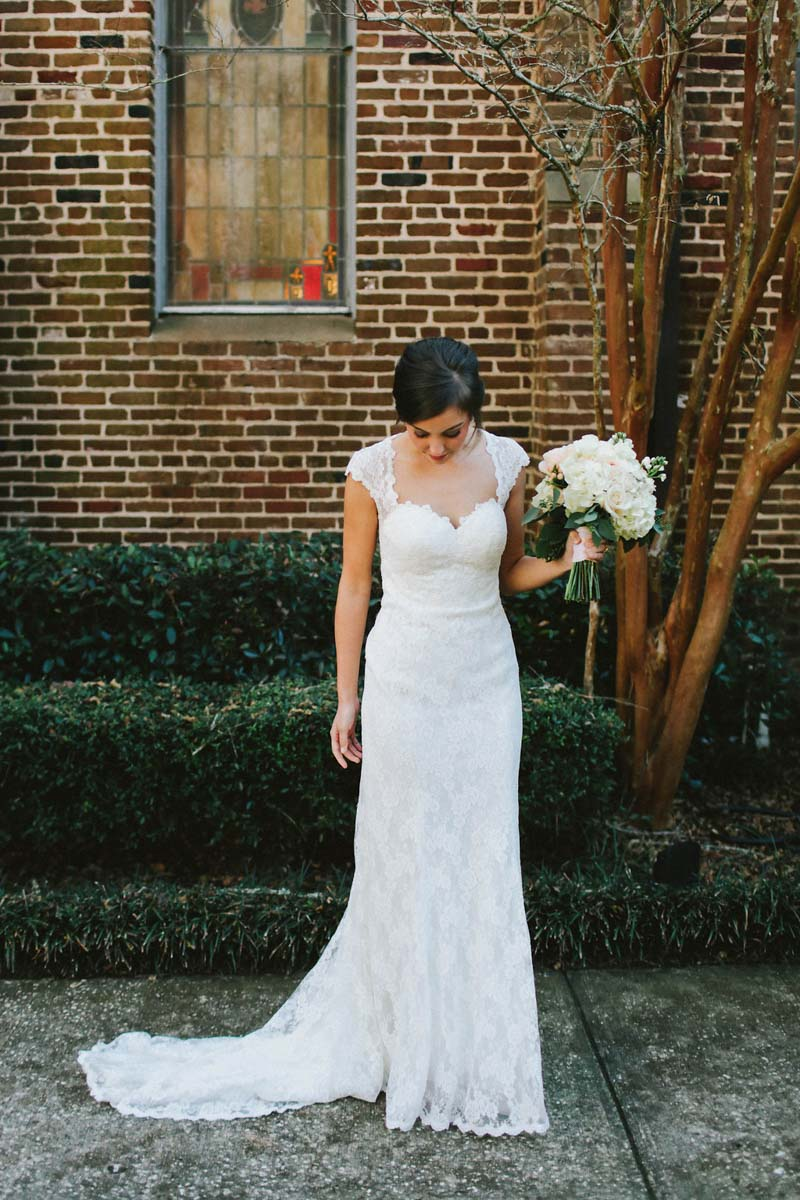Charming Alabama Bride in Cap-Sleeved Lace Gown