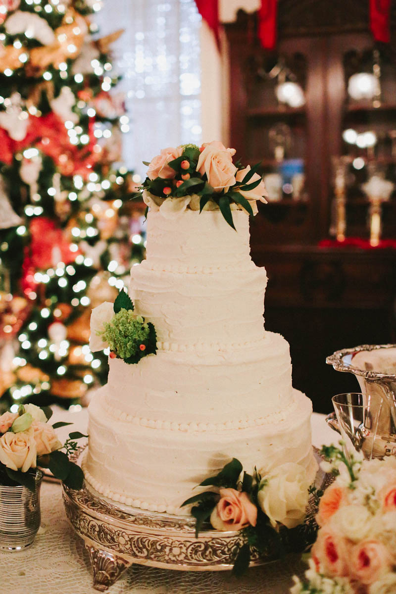 December Reception Wedding Cake with Peach Roses