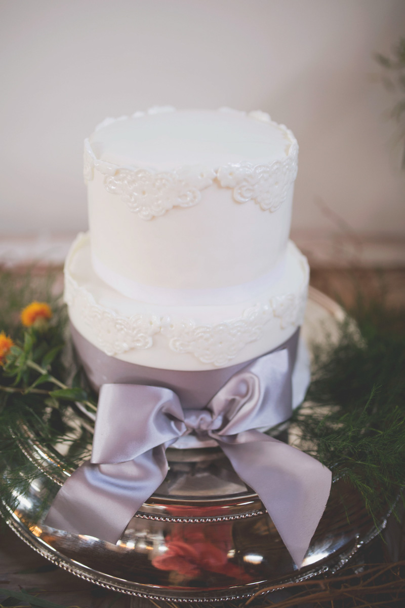 Lace Detail White Wedding Cake