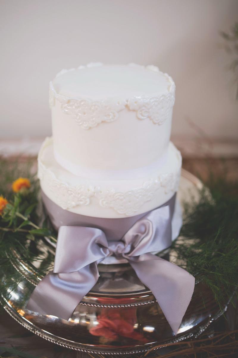 Lace Detail White Wedding Cake