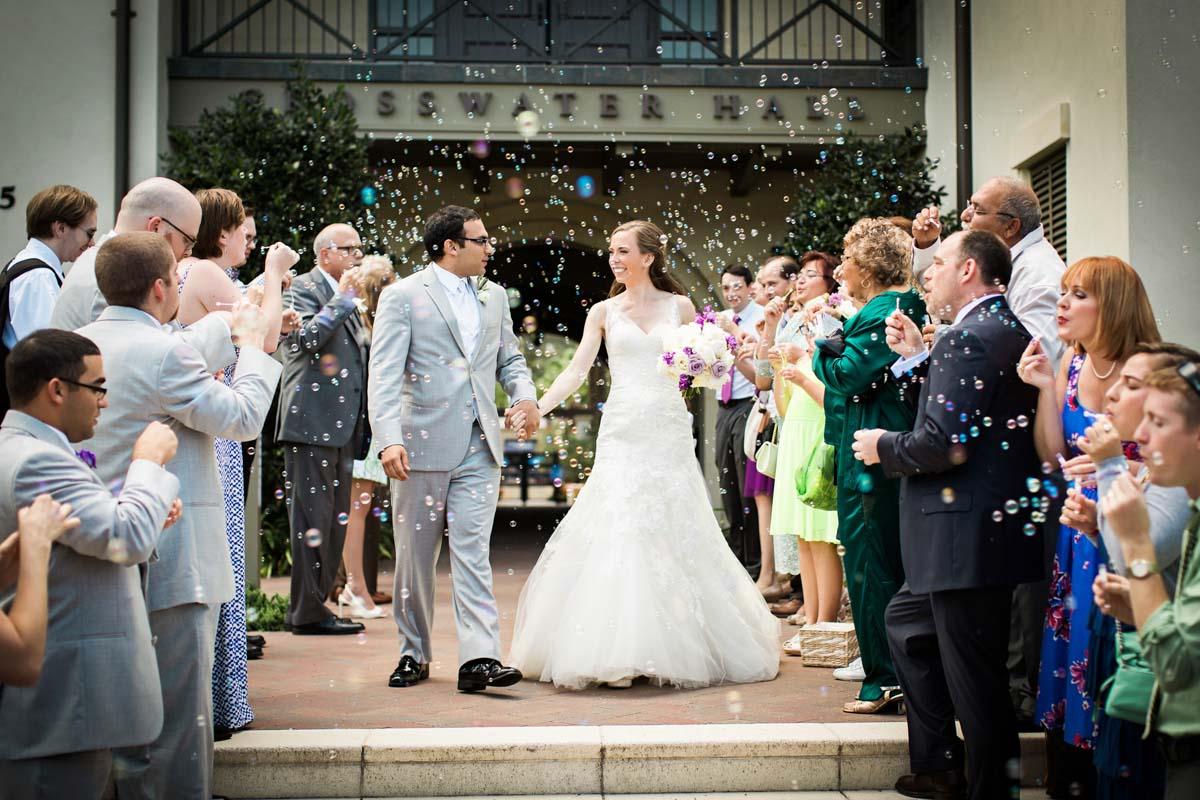 bridegroomsendoff-bubbles