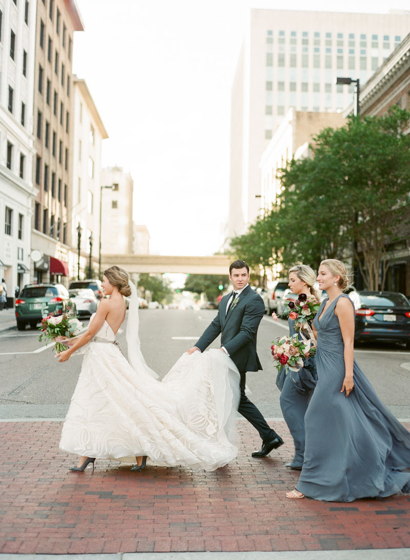 city wedding crossing the street jacksonville