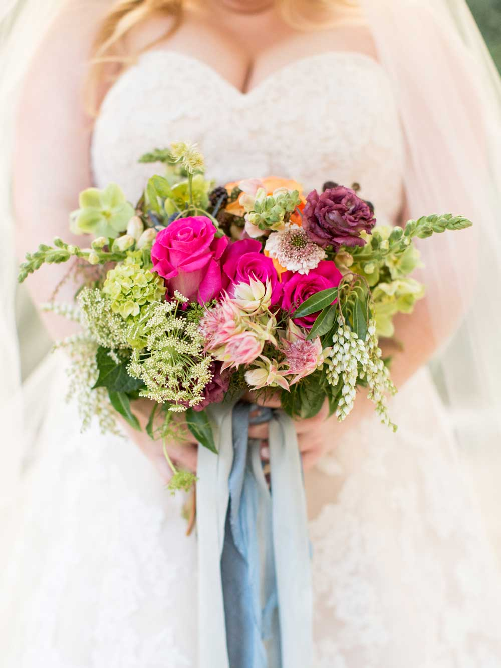 colorful-wedding-bouquet