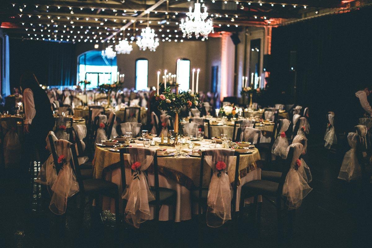 downtownsavannahwedding-reception-tablesettings